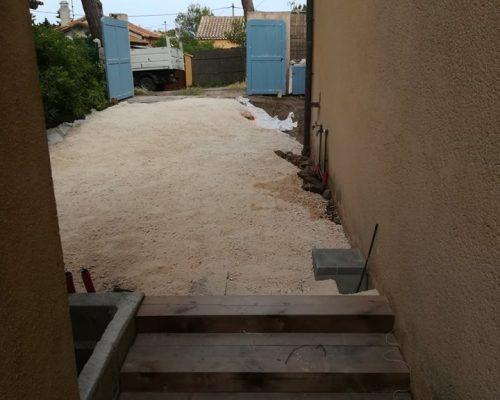 création parking et escaliers